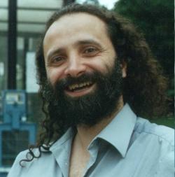 <b>...</b> Kagel) und elektronische Komposition (Hans <b>Ulrich Humpert</b>) studierte. - Solare_Chicago_2003_MINI